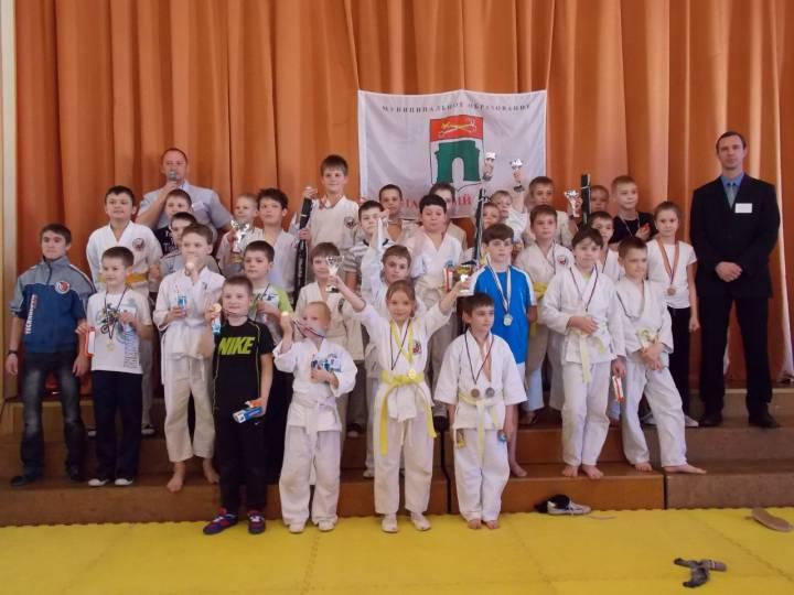 Окунь СТАЧЕК принял участие в Детско-юношеском турнире по рукопашному бою
